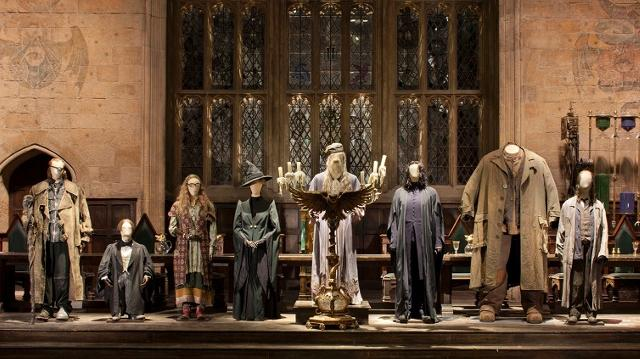 warner-bros-studio-tour-london-the-making-of-harry-potter-teachers-in-great-hall-08b3c8bbaea01baf3d4cb0ed0d76c62b