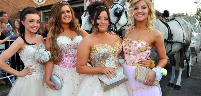 School Prom arrivals at Burntwood Court Hotel, nr Hemsworth, West Yorkshire.  Paul Macnamara/Rossparry.co.uk