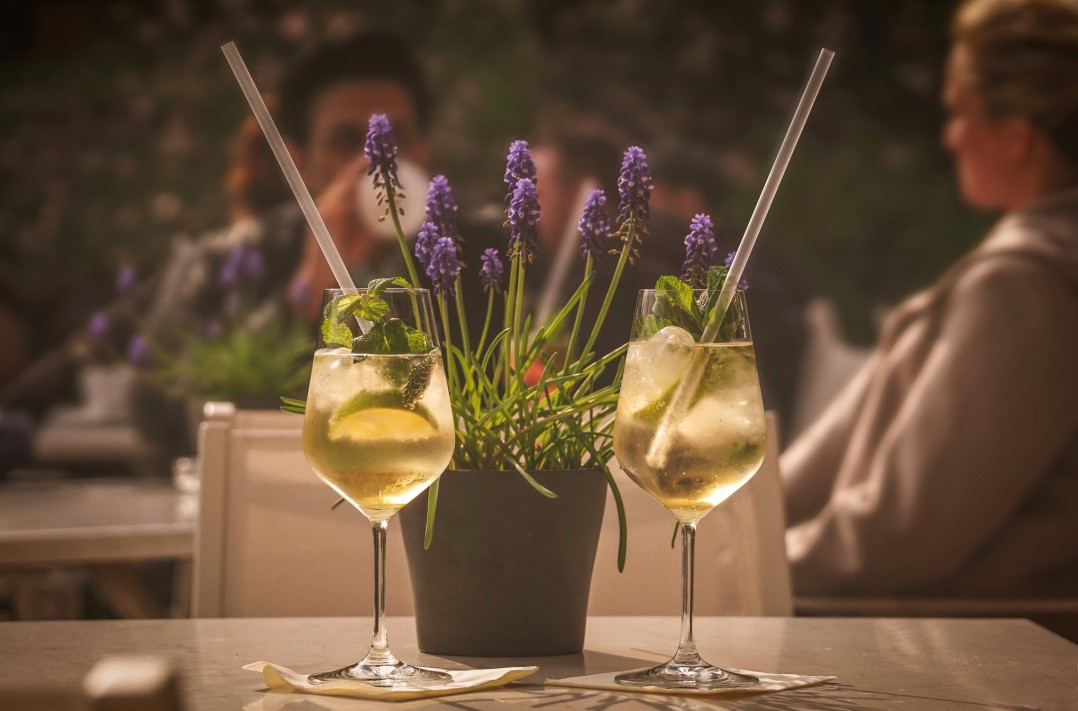 Relato erótico: una copa